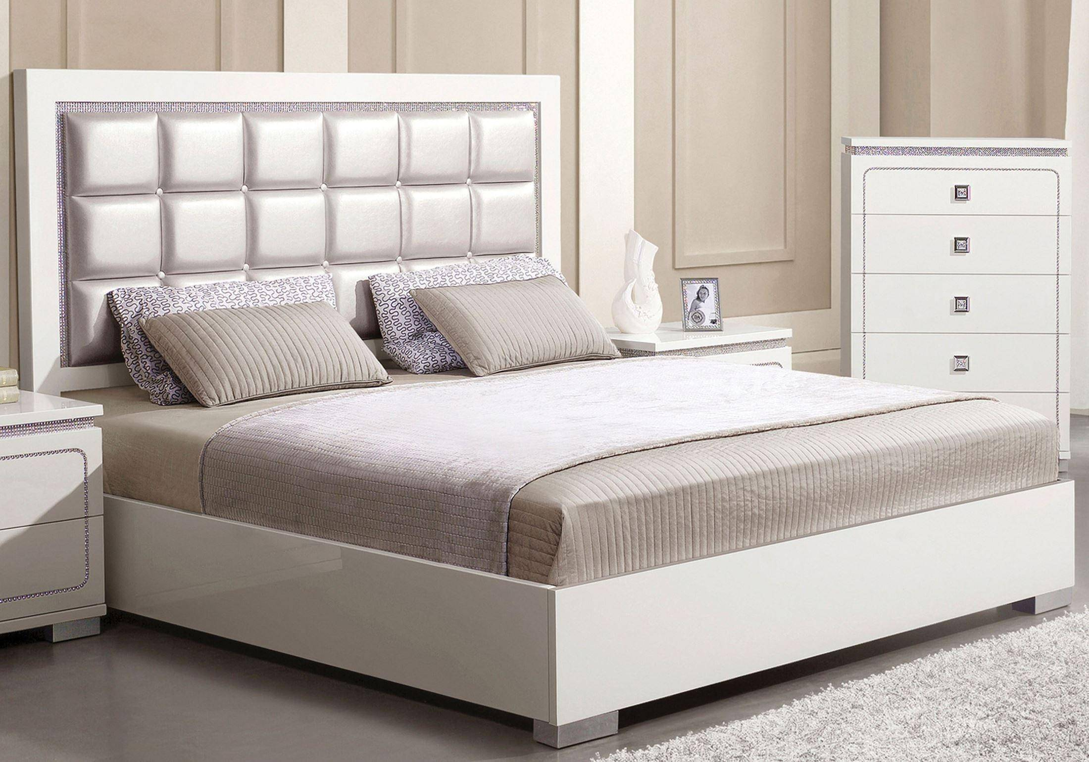 Pearl White High Gloss Queen Size Bed Acme Furniture 20250Q ...