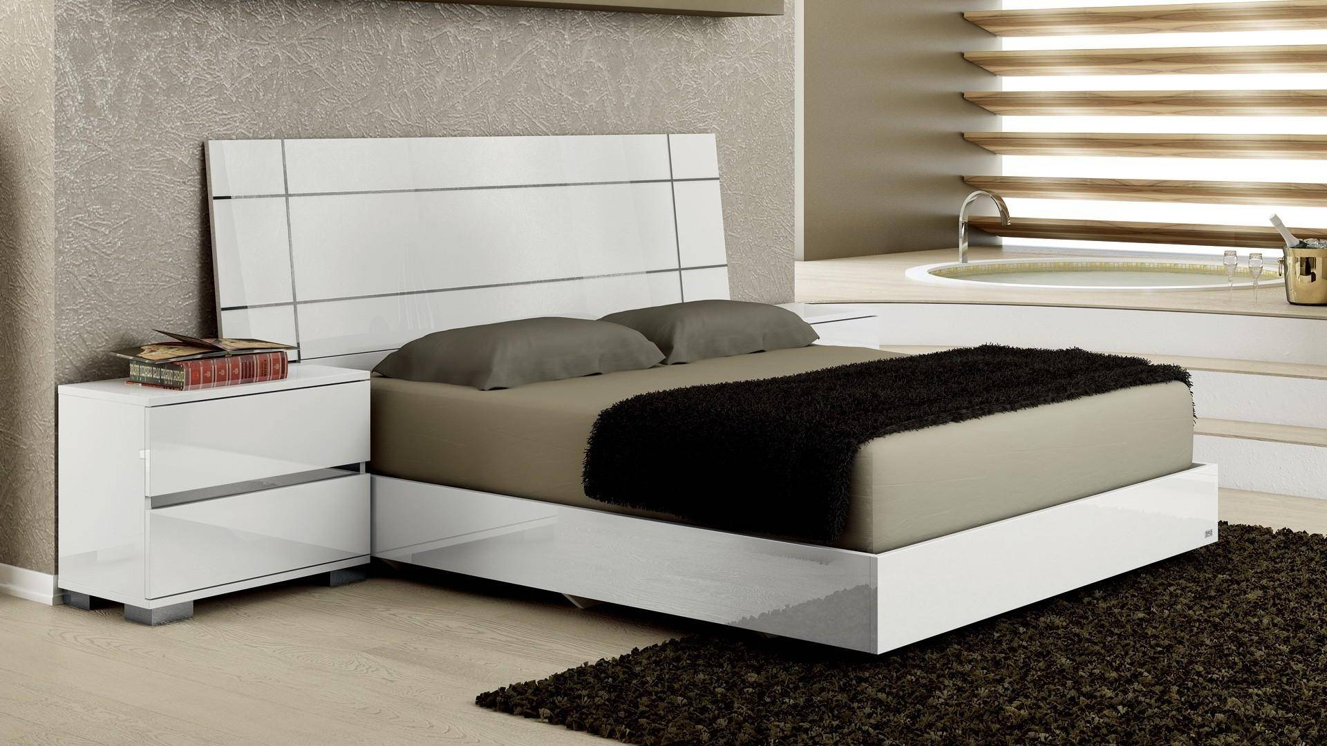 Tremendous At Home Usa Dream White High Gloss Lacquer Queen Bedroom Set Bralicious Painted Fabric Chair Ideas Braliciousco