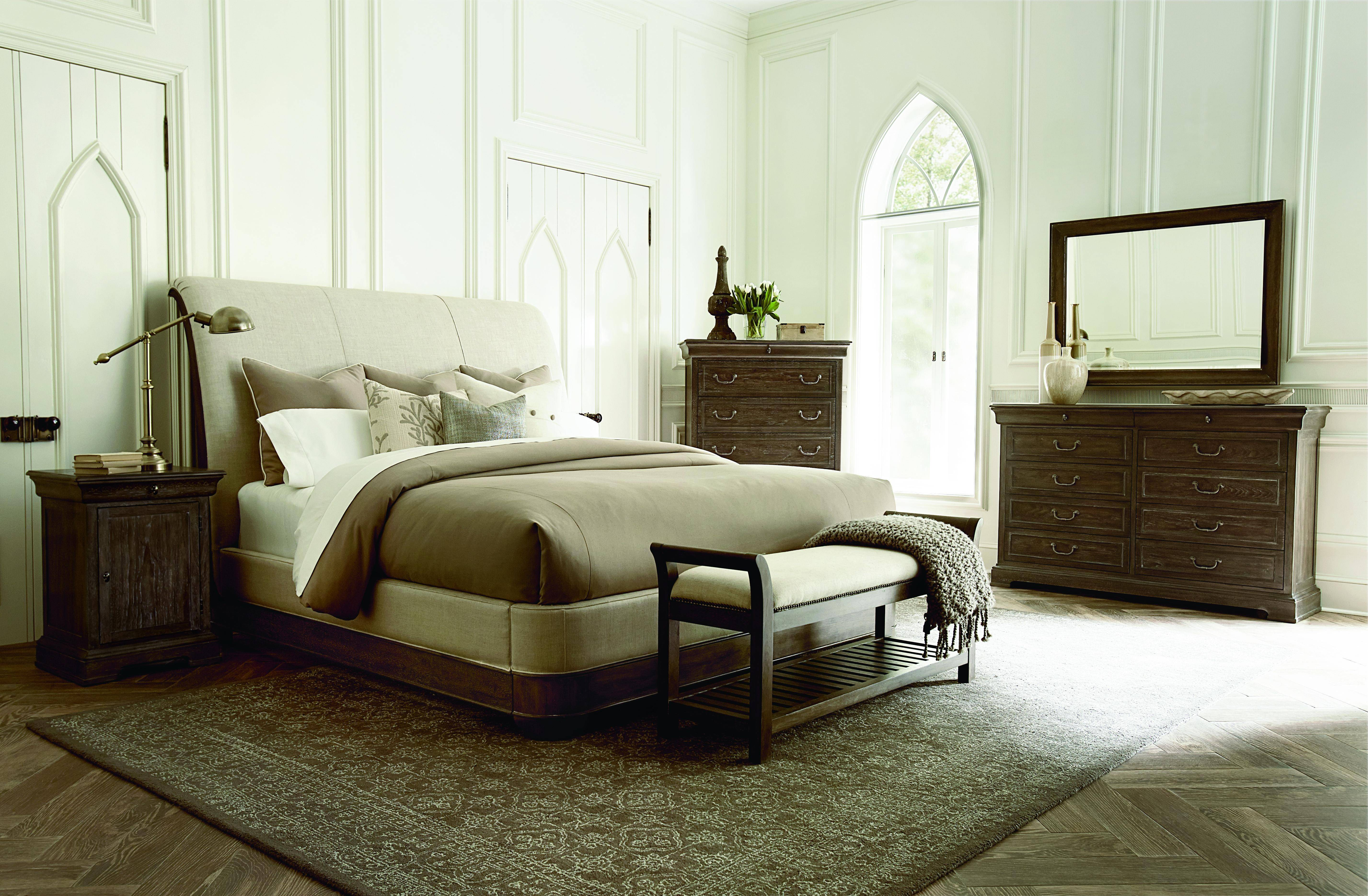 Picture of: Traditional Gray Fabric Queen Sleigh Bed St Germain A R T 215155 1513