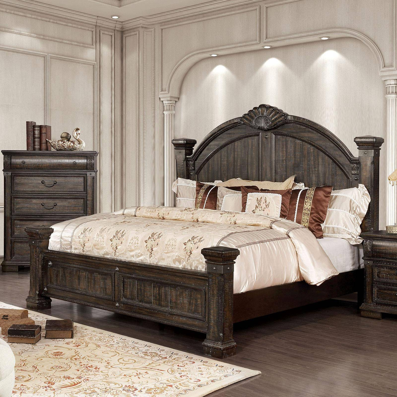 Transitional Wood California king Poster bed in Brown ...
