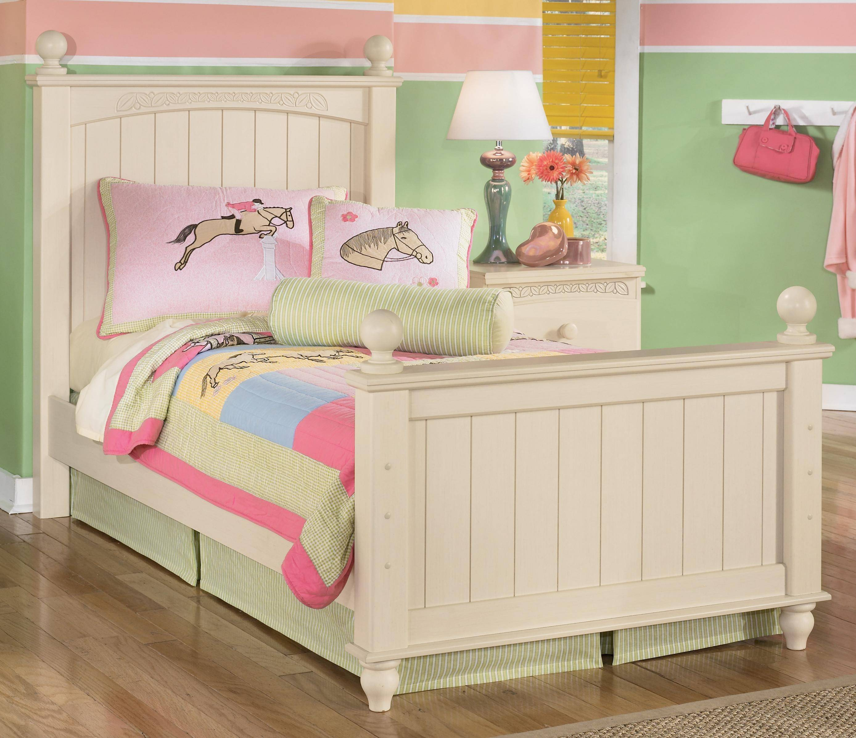 Ashley Cottage Retreat B213 Twin Size Poster Bedroom Set ...