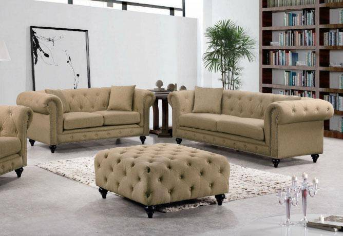 Meridian Furniture 662 Chesterfield Sofa Loveseat Set 2pcs In Sand