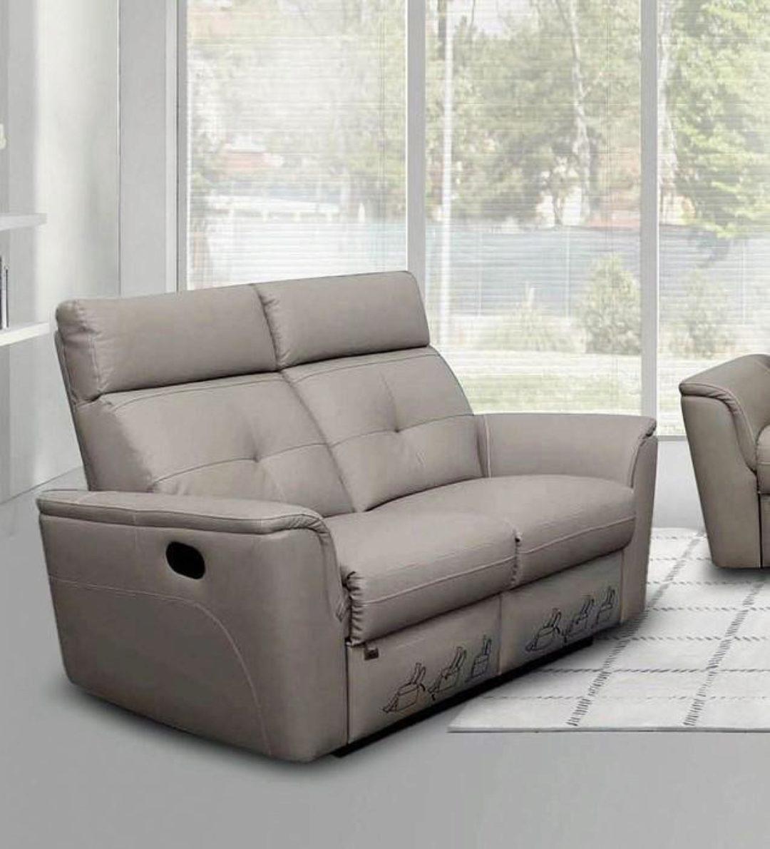 Picture of: Light Grey Italian Leather Manual Recliner Sofa Loveseat Set 2pcs Contemporary Esf 8501 Esf 8501 Sofa Set 2
