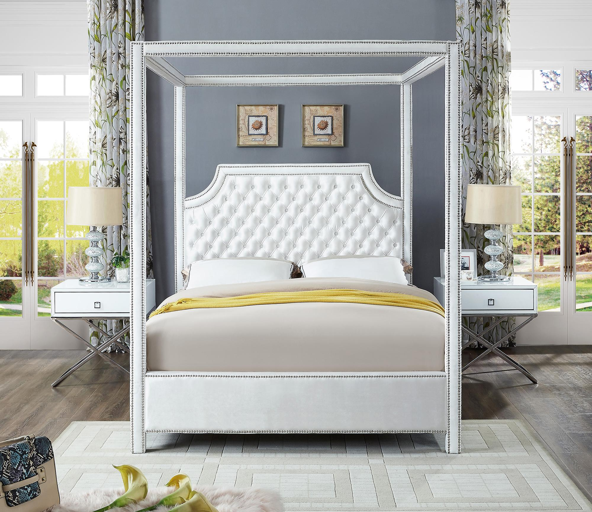 Picture of: White Velvet Queen Canopy Bed W Side Tables Set 3ps Meridian Furniture Rowan Rowanwhite Q Set 3