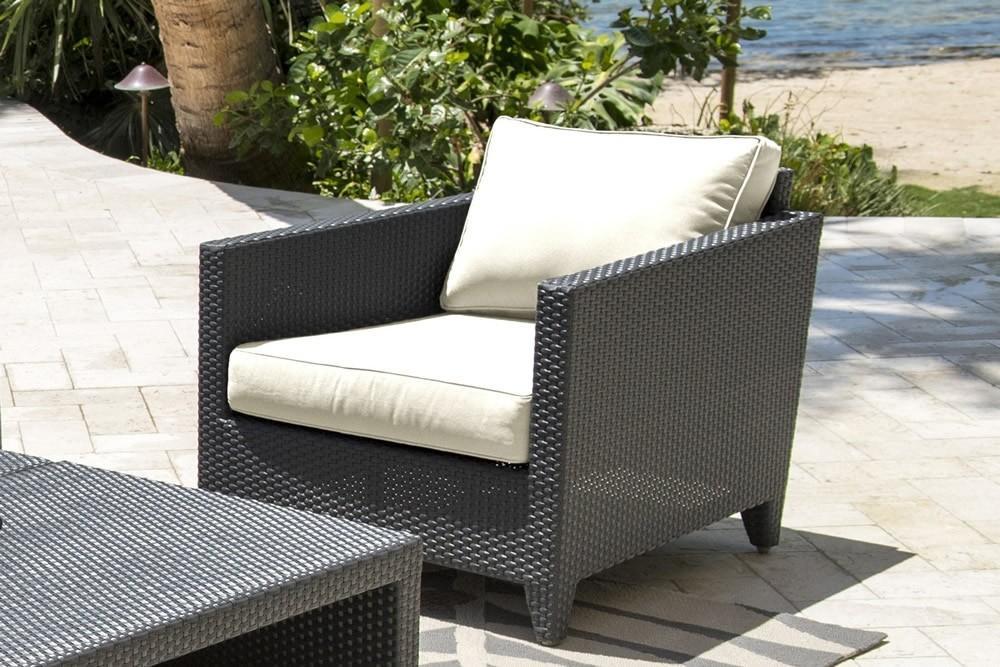 Onyx Lounge Chair W Off White Cushion Pjo 1901 Blk Lc Panama Jack Pjo 1901 Blk Lc