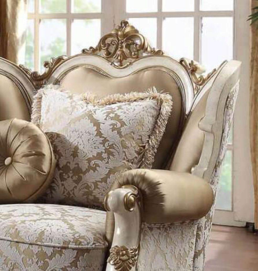 Vintage White Sofa Set 2Pcs Homey Design HD-2652 Carved ...